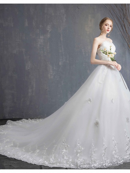 Ball Gown Wedding Dresses Strapless Chapel Train Lace Tulle Lace Over Satin Strapless Formal Vintage Illusion Detail_7
