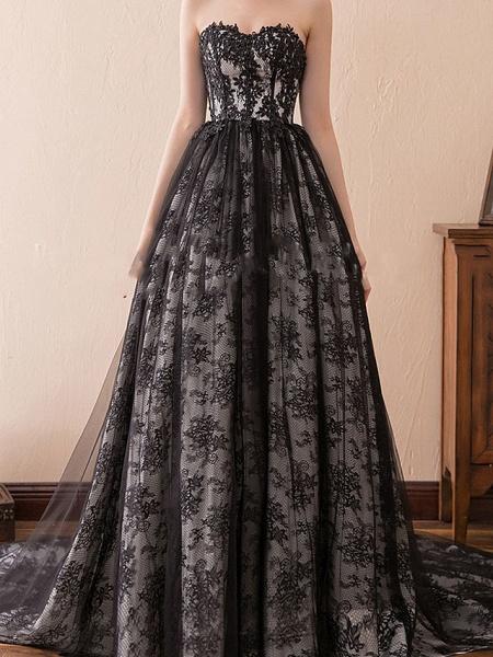 A-Line Strapless Sweep \ Brush Train Tulle Strapless Formal Black Modern Wedding Dresses_1