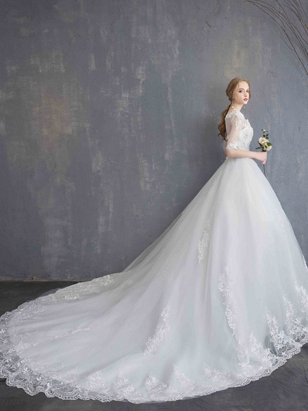 Ball Gown Wedding Dresses Scoop Neck Chapel Train Lace Tulle Sequined Half Sleeve Glamorous See-Through Illusion Sleeve_14
