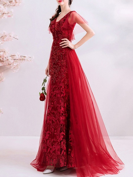 A-Line Wedding Dresses V Neck Sweep \ Brush Train Polyester Short Sleeve Romantic Plus Size Red_3