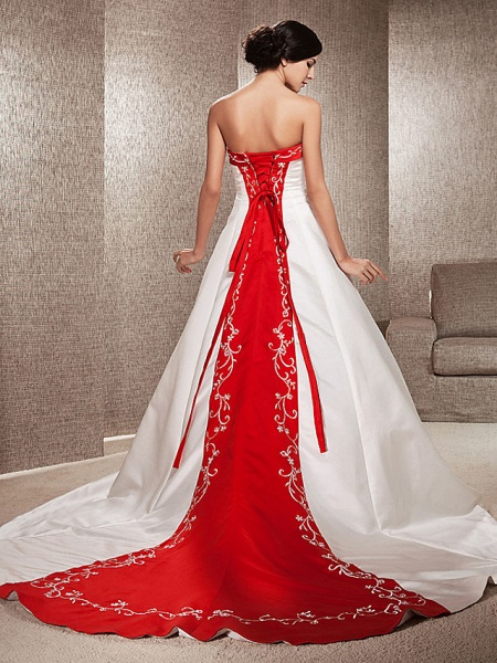 Ball Gown Wedding Dresses Strapless Sweep \ Brush Train Satin Strapless Glamorous Plus Size Red_1