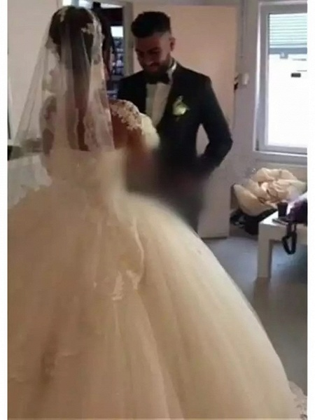 Ball Gown Wedding Dresses Sweetheart Neckline Floor Length Lace Tulle Long Sleeve Romantic Illusion Detail_5