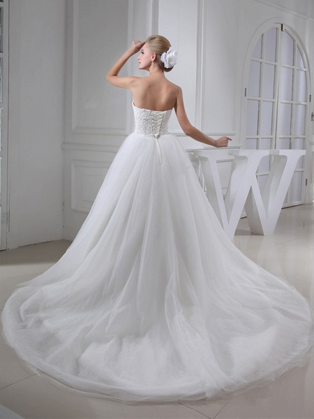 A-Line Sweetheart Neckline Chapel Train Lace Satin Tulle Strapless Wedding Dresses_3