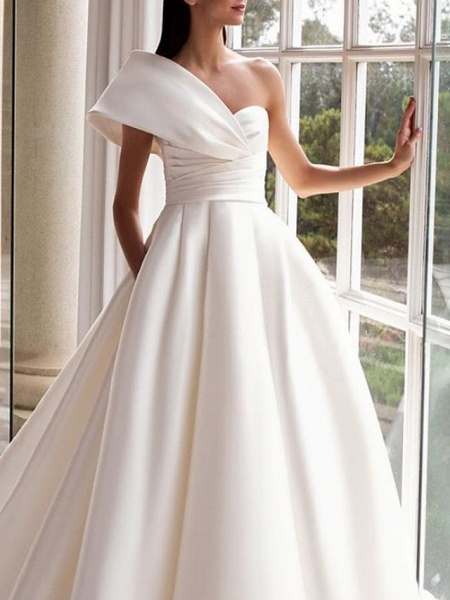 A-Line Wedding Dresses One Shoulder Sweep \ Brush Train Satin Short Sleeve Simple_3