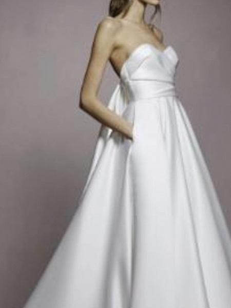 A-Line Wedding Dresses Sweetheart Neckline Sweep \ Brush Train Satin Strapless Simple Plus Size_2