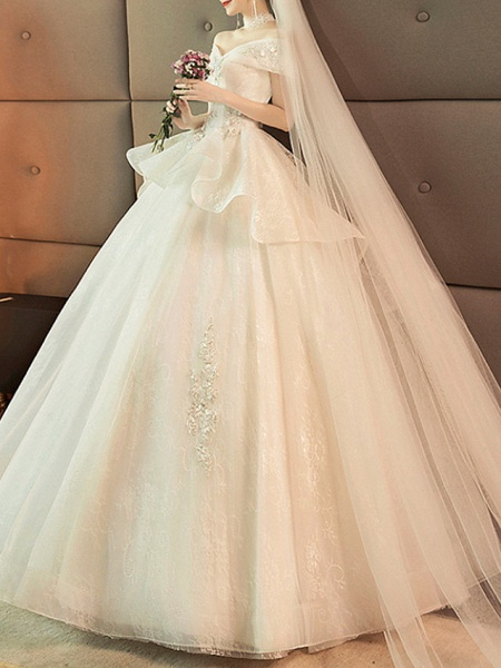 Ball Gown Wedding Dresses Off Shoulder Sweep \ Brush Train Lace Tulle Short Sleeve Glamorous Modern_2