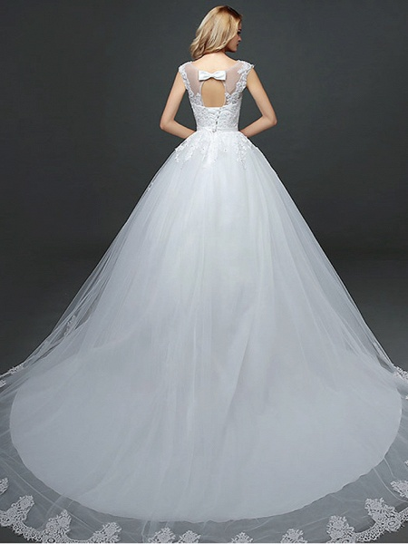 Ball Gown Wedding Dresses Scoop Neck Court Train Lace Tulle Polyester Short Sleeve Romantic_2