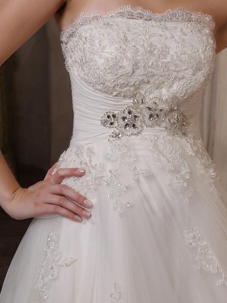 Princess A-Line Strapless Scalloped-Edge Chapel Train Satin Tulle Sleeveless Wedding Dresses_7