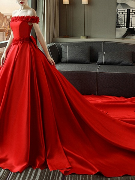 A-Line Wedding Dresses Off Shoulder Court Train Satin Short Sleeve Romantic Plus Size Red_1