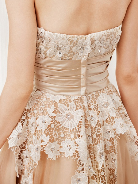 Ball Gown Wedding Dresses Strapless Tea Length Lace Satin Tulle Strapless Romantic Casual Illusion Detail_10