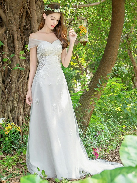 A-Line Wedding Dresses V Neck Court Train Lace Tulle Sleeveless_1