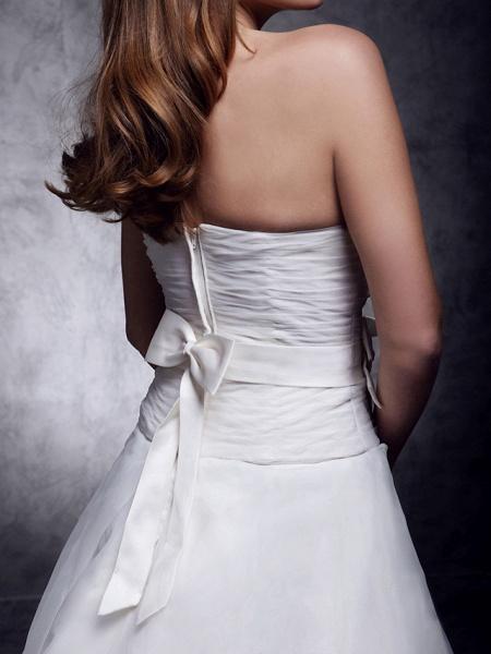 Princess A-Line Wedding Dresses Strapless Sweetheart Neckline Court Train Organza Satin Sleeveless_7
