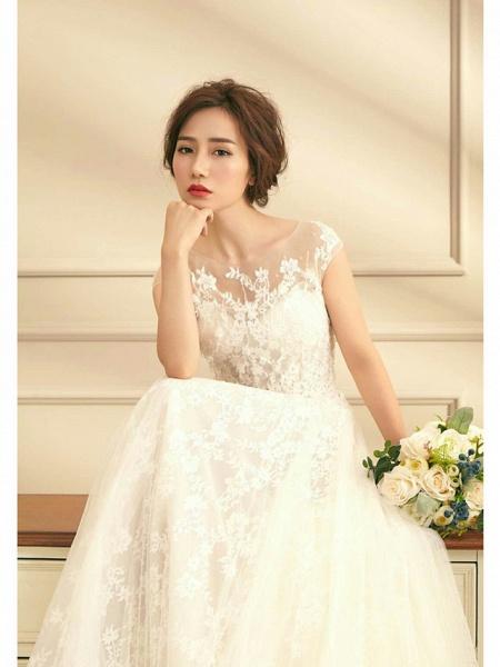 A-Line Jewel Neck Court Train Lace Tulle Short Sleeve Wedding Dresses_2