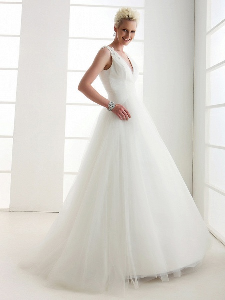 Ball Gown Wedding Dresses V Neck Floor Length Tulle Regular Straps Open Back_1