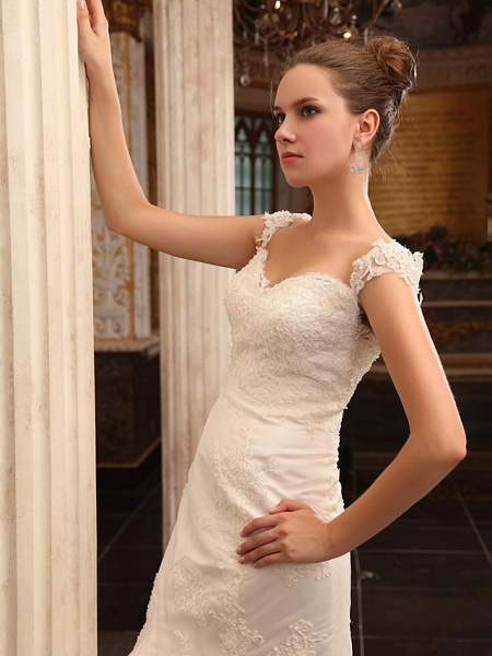 Mermaid \ Trumpet Wedding Dresses Straps Sweetheart Neckline Court Train Lace Satin Short Sleeve_5