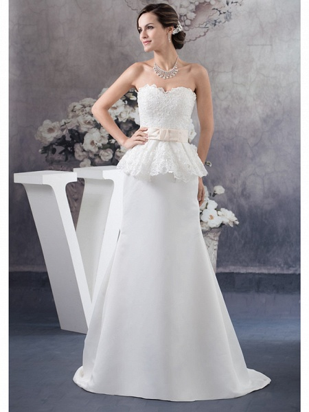 Sheath \ Column Wedding Dresses Sweetheart Neckline Court Train Lace Satin Strapless_1