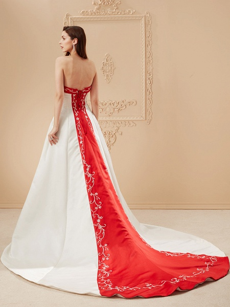 Ball Gown Wedding Dresses Strapless Sweep \ Brush Train Satin Strapless Glamorous Plus Size Red_2