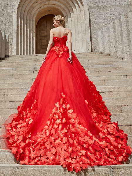 Ball Gown Wedding Dresses Strapless Court Train Tulle Strapless Country Glamorous Plus Size_25
