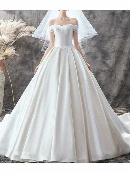 A-Line Wedding Dresses Off Shoulder Sweep \ Brush Train Satin Sleeveless Casual Plus Size_1