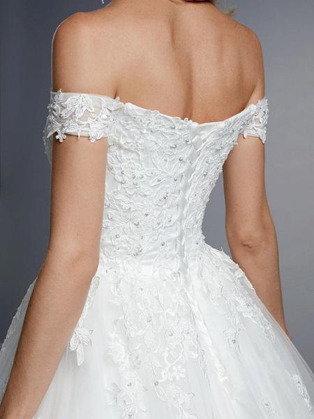 Ball Gown Wedding Dresses Off Shoulder Court Train Lace Tulle Short Sleeve Romantic Sparkle & Shine_12