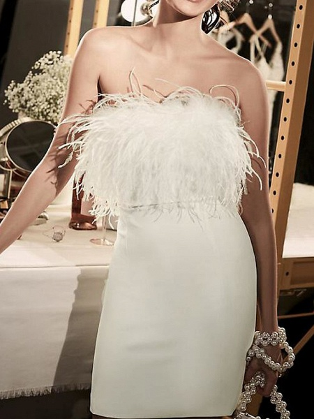 Sheath \ Column Wedding Dresses Strapless Short \ Mini Satin Feather Sleeveless Country Plus Size_1