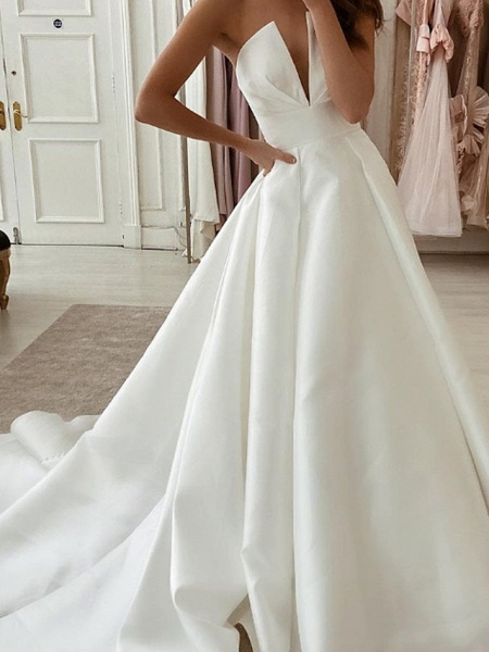 A-Line Wedding Dresses Strapless Sweep \ Brush Train Stretch Satin Sleeveless Country Plus Size_2