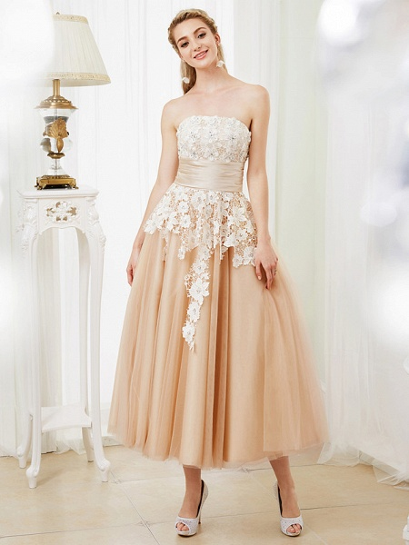 Ball Gown Wedding Dresses Strapless Tea Length Lace Satin Tulle Strapless Romantic Casual Illusion Detail_5