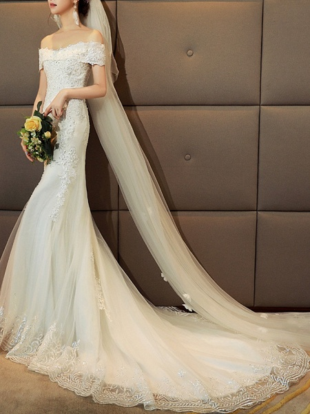 Mermaid \ Trumpet Wedding Dresses Off Shoulder Sweep \ Brush Train Tulle Sequined Cap Sleeve Romantic Sexy Illusion Detail_2