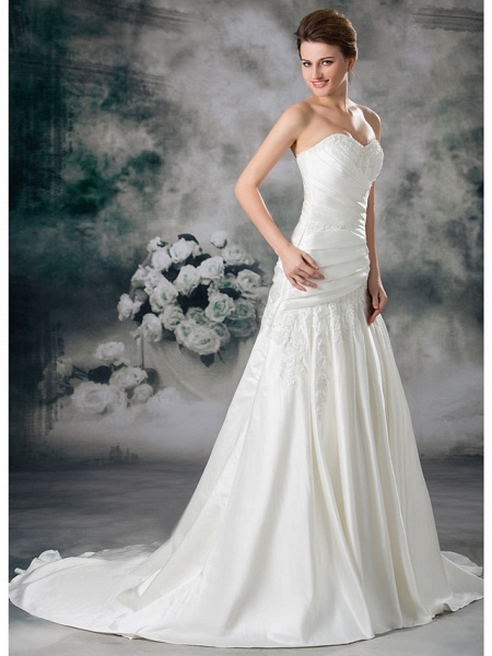 A-Line Sweetheart Neckline Chapel Train Lace Satin Strapless Wedding Dresses_3