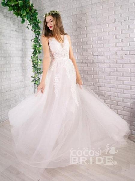 Elegant Champagne Appliques A-line Lace Wedding Dress_6