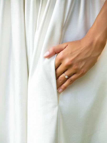 Princess A-Line Wedding Dresses Scoop Neck Asymmetrical Satin Sleeveless_10
