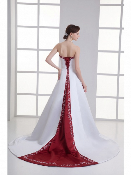 A-Line Strapless Chapel Train Satin Strapless Wedding Dress in Color Wedding Dresses_3
