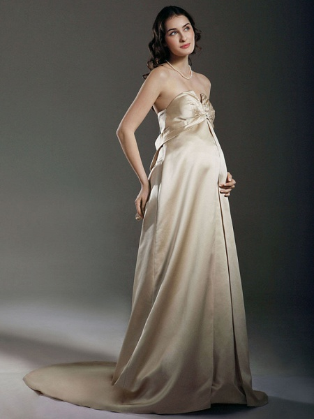 Sheath \ Column Wedding Dresses Strapless Sweetheart Neckline Court Train Satin Sleeveless_1