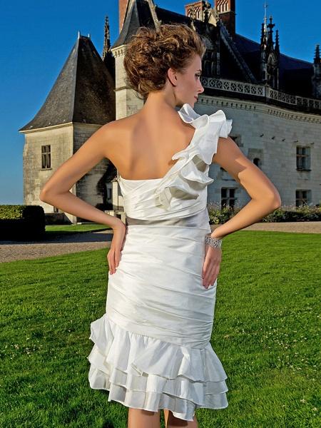 Sheath \ Column Wedding Dresses One Shoulder Asymmetrical Knee Length Taffeta Sleeveless Little White Dress_6