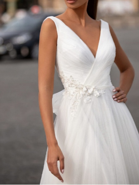 Ball Gown Wedding Dresses V Neck Floor Length Tulle Sleeveless Country Plus Size_2