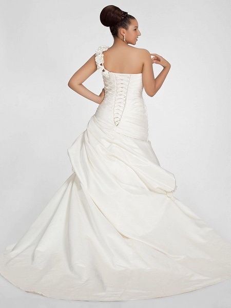A-Line Wedding Dresses One Shoulder Sweep \ Brush Train Satin Strapless Formal Simple Little White Dress Plus Size_2