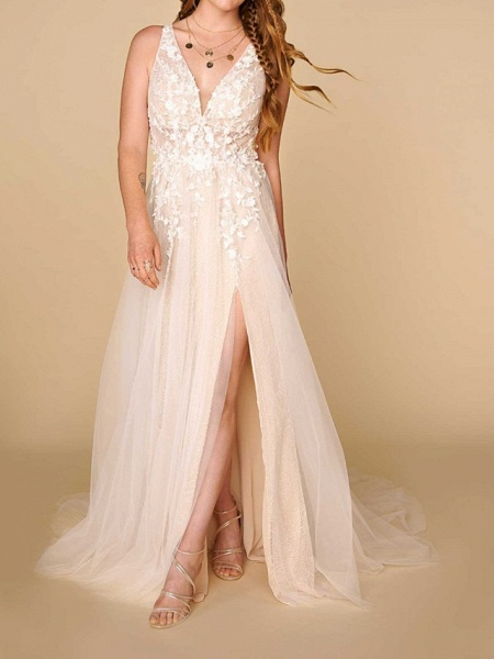 A-Line Plunging Neck Court Train Lace Sleeveless Country Plus Size Wedding Dresses_1