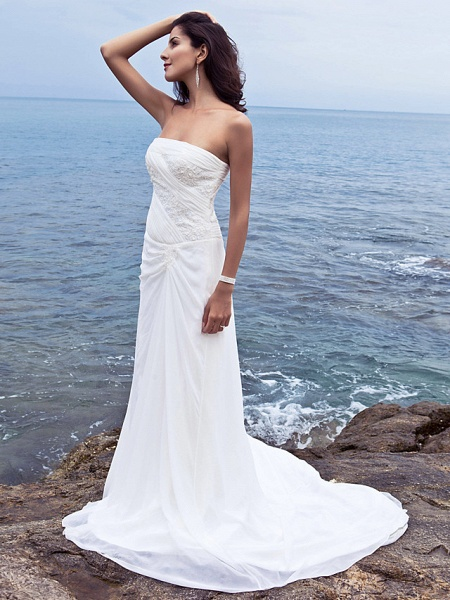 Sheath \ Column Wedding Dresses Strapless Court Train Chiffon Strapless Beach Plus Size_5