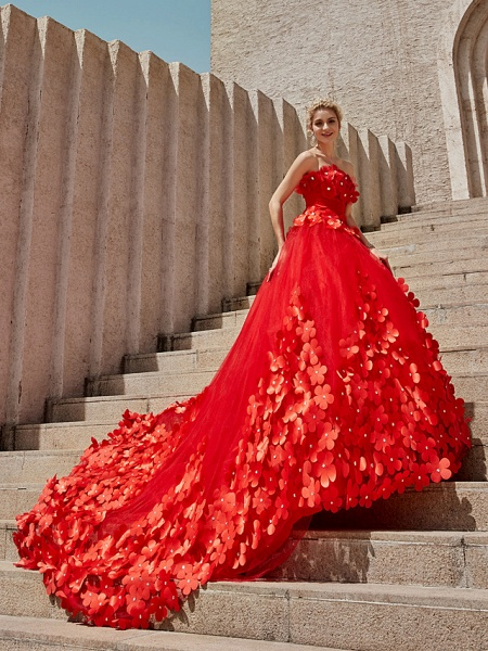 Ball Gown Wedding Dresses Strapless Court Train Tulle Strapless Country Glamorous Plus Size_27