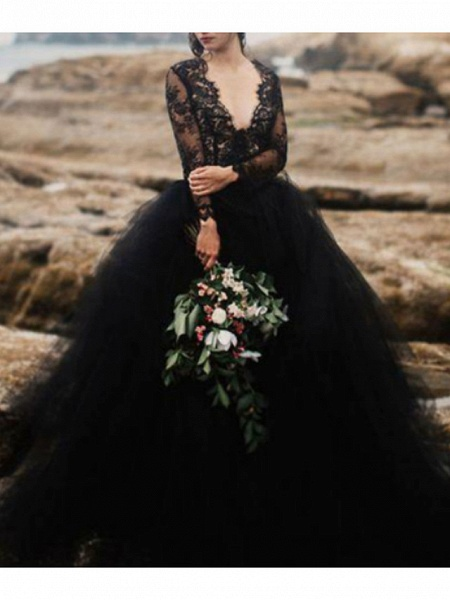 Ball Gown Wedding Dresses V Neck Sweep \ Brush Train Polyester Long Sleeve Beach Plus Size Black Modern_1
