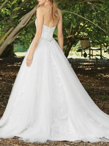 A-Line Wedding Dresses Sweetheart Neckline Court Train Lace Sleeveless Sexy Wedding Dress in Color_2