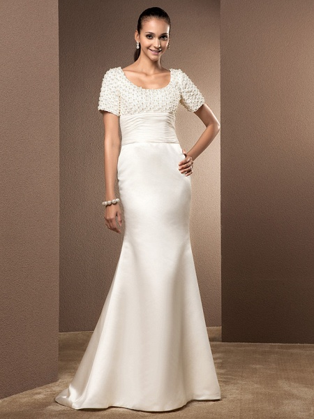Mermaid \ Trumpet Wedding Dresses Scoop Neck Court Train Lace Satin Short Sleeve_1