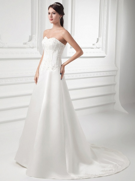 A-Line Sweetheart Neckline Court Train Satin Strapless Wedding Dresses_2