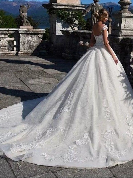 Ball Gown Jewel Neck Chapel Train Lace Tulle Lace Over Satin Cap Sleeve Glamorous Illusion Detail Wedding Dresses_2
