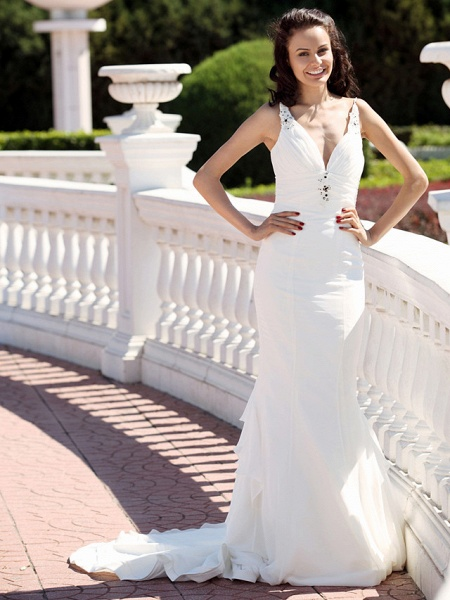 Mermaid \ Trumpet Wedding Dresses V Neck Spaghetti Strap Court Train Chiffon Satin Sleeveless_1