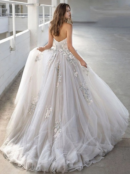 Ball Gown Strapless Court Train Lace Tulle Strapless Sexy Plus Size Wedding Dresses_3
