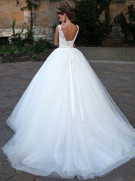 Ball Gown Wedding Dresses V Neck Court Train Lace Tulle Spaghetti Strap Country Illusion Detail Backless_2