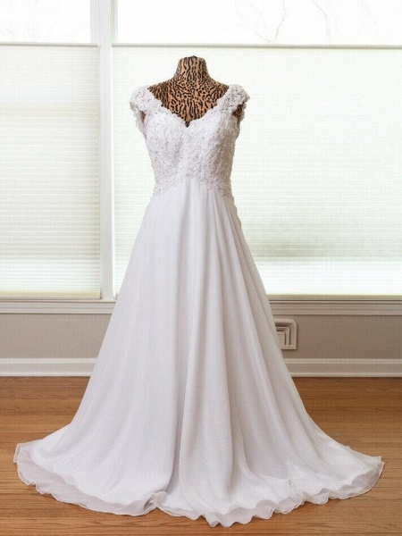 New Romantic Summer Bridal Dress Sleeveless Lace Wedding Dress