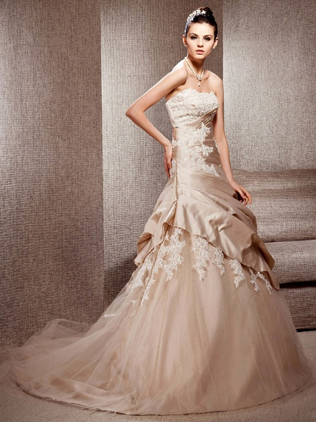 Ball Gown Strapless Court Train Satin Tulle Sleeveless Wedding Dress in Color Wedding Dresses_2