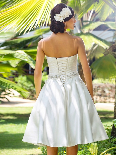 A-Line Wedding Dresses Sweetheart Neckline Knee Length Satin Strapless Country Beach Little White Dress Plus Size_6